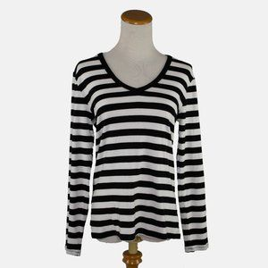 The Gap black and white knit V neck ladies top (L)
